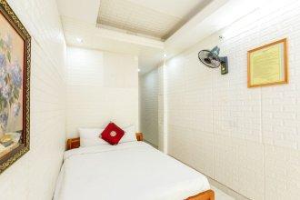 OYO 604 Queen Hotel