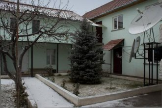 Guesthouse Alakol