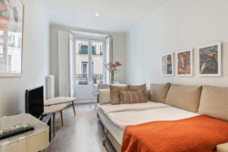 Bright And Cosy One-Bedroom Apartment In Centro, Madrid