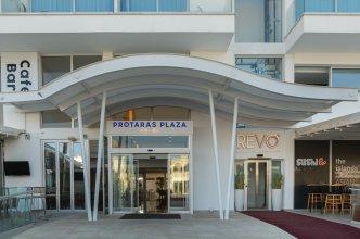 Отель Protaras Plaza