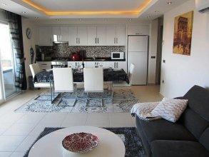 Tropical Gardens E 7 Spacious Duplex 4 bed Home
