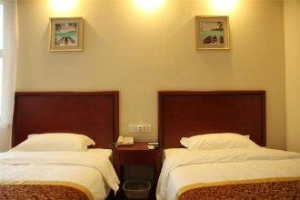 GreenTree Inn Jiangsu Suzhou Kunshan Huaqiao House