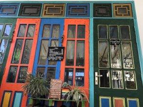 Saigonese Homestay - Hostel