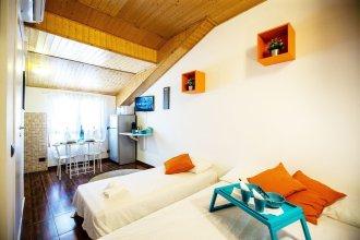 Home Hotel - Monza 83