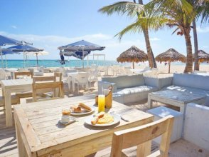 La Piazetta Villas - Playa Los Corales - Beach Access, Wifi, Pet Friendly