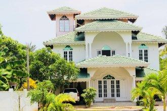 Villa Sri Beach