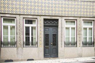 Liiiving In Porto - Art & Heart Studio