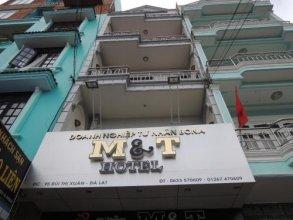 M & T Hotel