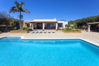 Villa Near Ibiza Town Sleeps 6 - Sa Tanca