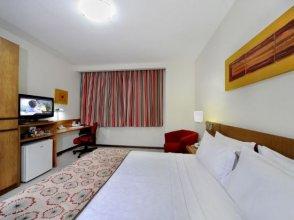 Vitória Praia Hotel by Nobile