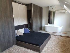 Luxury Apartment in Perla Complex