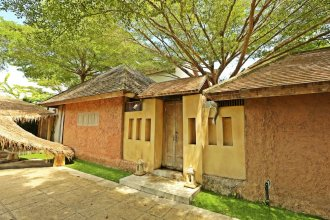 ChiCChiLL @ Eravana, eco-chic pool-villa, Pattaya