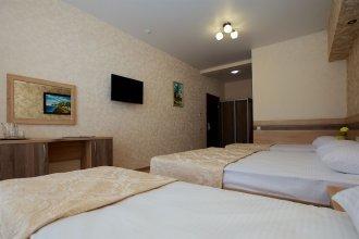 Отель «Грек»