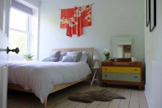 Scandi-style 1 Bedroom City Centre Apartment