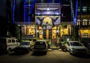 The Sun Court Hotel Yatri