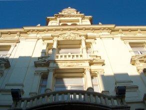 Hotel Albert 2