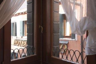 Charming Venice Apartments