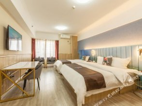 π Hotel (Zhonglou Huiminjie Metro Station)