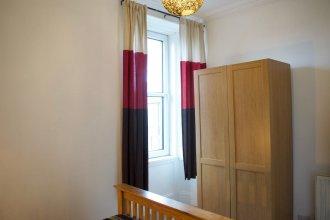 1 Bedroom Apartment in Newington