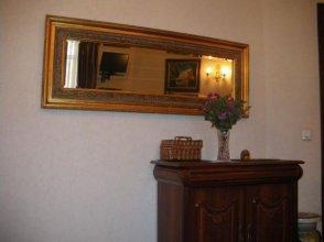 Apartment On Zvenigorodskaya 14