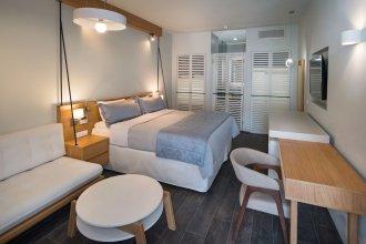 Meltemi Excelsior Suites and Spa