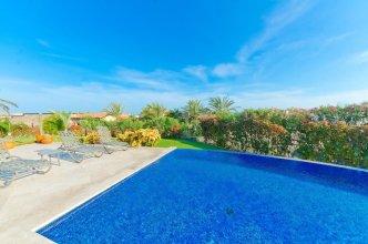 3,000 Sq. Ft. Villa With Beach Club Access: Villa de Phoenix
