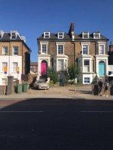 2 Bedroom Victorian Maisonette in Brixton