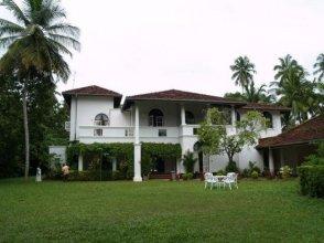 The Villa Green Inn
