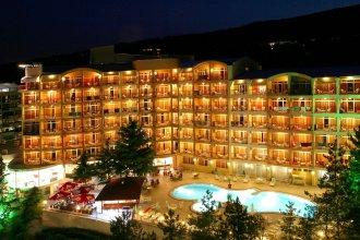 Luna Beach Hotel