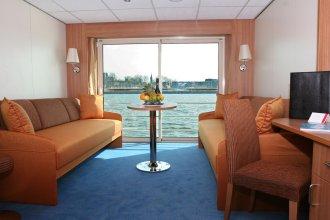 Crossgates Hotelship 3 Star - Nizzaufer - Frankfurt