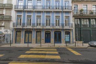 High Ceiling Duplex Apt Cais do Sodre
