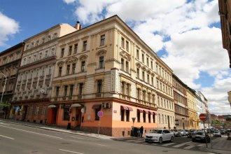 Отель Anette