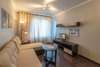 Na Ulitse Panfyorova 10 Apartments
