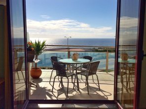 Yuka Surf Ericeira - Ocean View & Pools