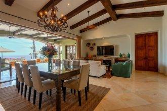 Casa Maravillas: 4 Bdrm Colonial Inspired Design Villa in Punta Ballena at a Discounted Rate!