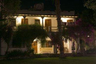 Karianda Hotel