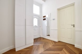 Luxury Apartment by Hi5 - Bazilika Suite