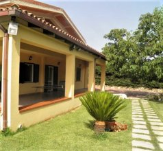 Villa With 3 Bedrooms in Floridia, With Wonderful Mountain View, Priva