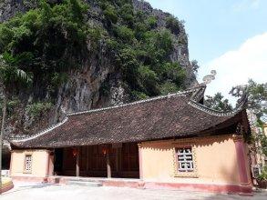 Vietnamese Ancient Village Hotel