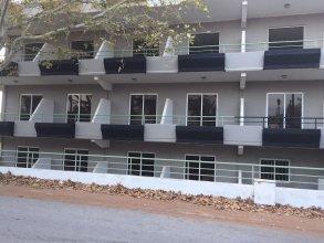 Black Rose Hotel & Suites