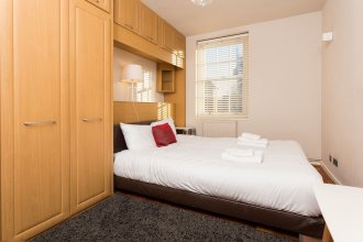 2 Bedroom Flat Sleeps 4 in Pimlico