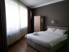 Puffin Hostel & Suites