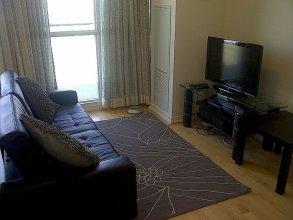 Toronto Suite Rentals - Maple Leaf Sq.