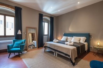 Heart of Florence Pitti 2 Bed-apartment