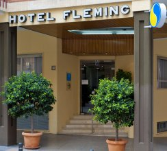 Port Fleming Hotel