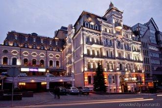 Опера Отель