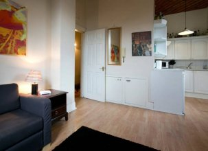 Fabulous 1 Bedroom Apartment in Old Town