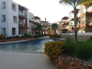 Apartment With 2 Bedrooms in Portimão, With Wonderful Lake View, Pool