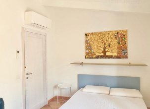 Attic Sea-watch Castelsardo, Fully Conditioned for 6 People on the Beach