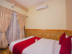 OYO 220 Grand Shivalaya Hotel And Restro